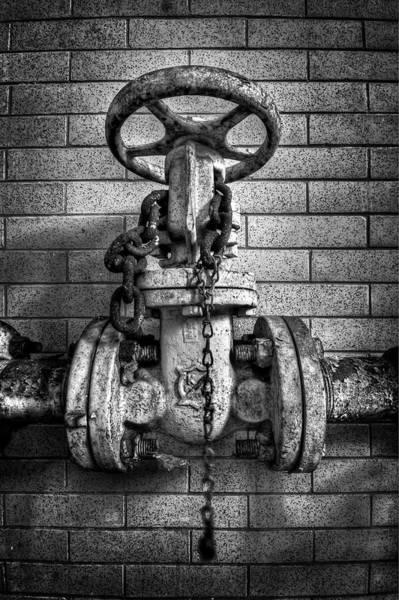 Chain Wall Art - Photograph - Hooked On Metal by Evelina Kremsdorf