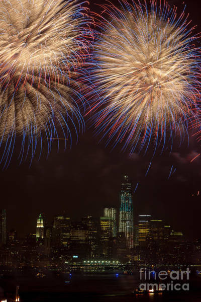 Photograph - Hudson River Fireworks Xi by Clarence Holmes