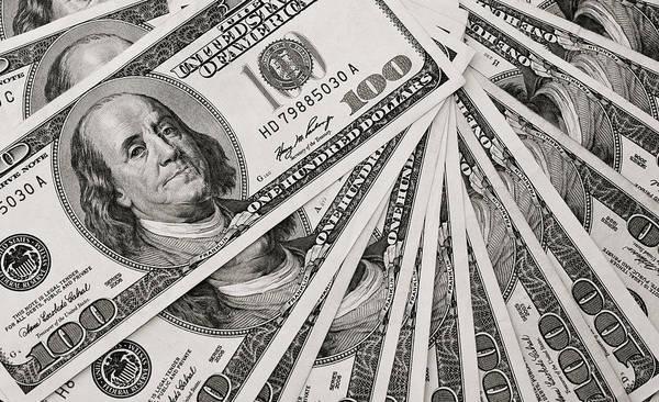 Legal Tender Photograph - Hundred Dollar Bills by Joe Carini - Printscapes