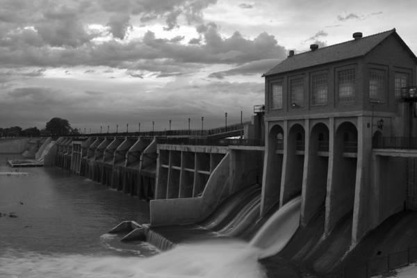 Ok Wall Art - Photograph - Hydro Flow II by Ricky Barnard