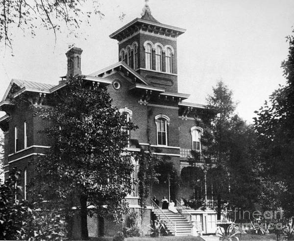 Charles Mansion Photograph - Illinois: Magnolia Manor by Granger