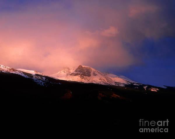 Alpen Glow Wall Art - Photograph - Jasper - Mt. Tekarra Sunset by Terry Elniski