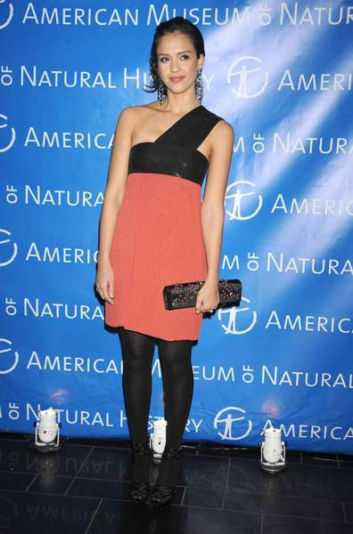 Jessica Alba Photograph - Jessica Alba  Wearing A Narciso by Everett