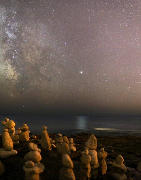 Wall Art - Photograph - Jupiter In Scorpius Over A Beach by Laurent Laveder