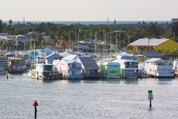 Photograph - Key West Houseboats by Ed Gleichman