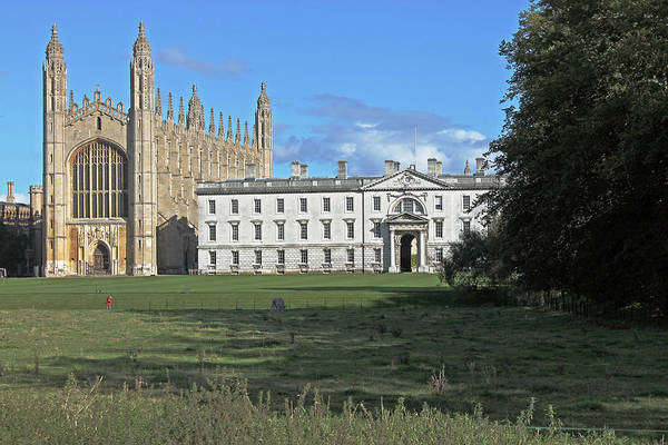 Photograph - Kings College Chapel And The Gibbs Building by Tony Murtagh