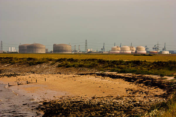 Wall Art - Photograph - Kingsnorth Power Station by Dawn OConnor