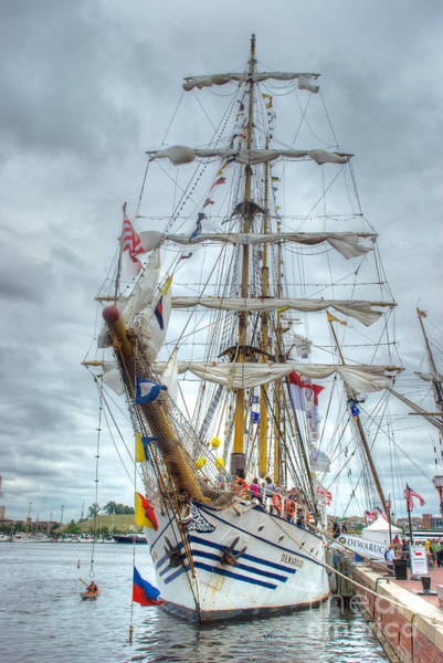 Photograph - Kri Dewaruci by Mark Dodd