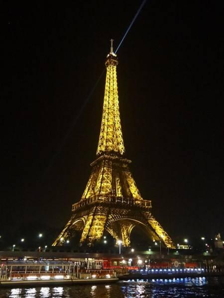Photograph - La Tour Eiffel by Keith Stokes