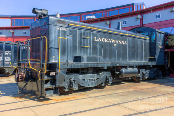 Photograph - Lackawanna Locomotive 426 by Clarence Holmes