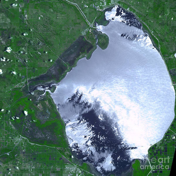 Lake Okeechobee Wall Art - Photograph - Lake Okeechobee Complex Fire by Nasa