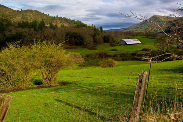 Rogue Valley Photograph - Light And Shadow In Rogue Country by Mick Anderson