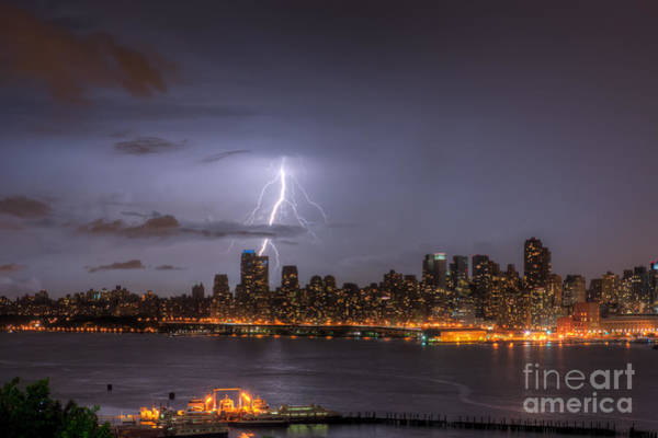 Photograph - Lightning Over New York City V by Clarence Holmes