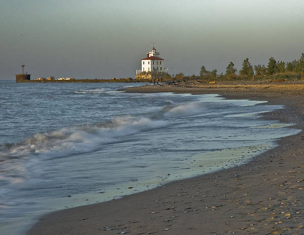 Photograph - Lorain Light by Rick Hartigan