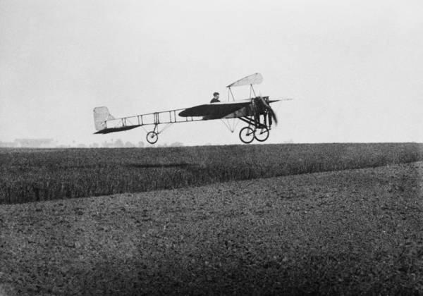 Bleriot Photograph - Louis Bleriot 1872-1936 In Flight by Everett
