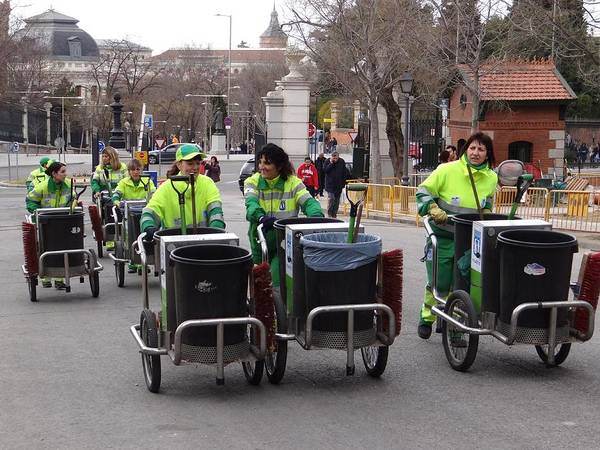 Photograph - Madrid Street Cleaners by Keith Stokes