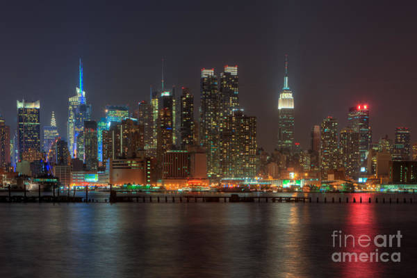 Photograph - Manhattan Twilight Vi by Clarence Holmes