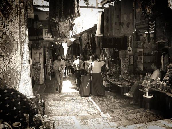 Photograph - Market by Roberto Alamino