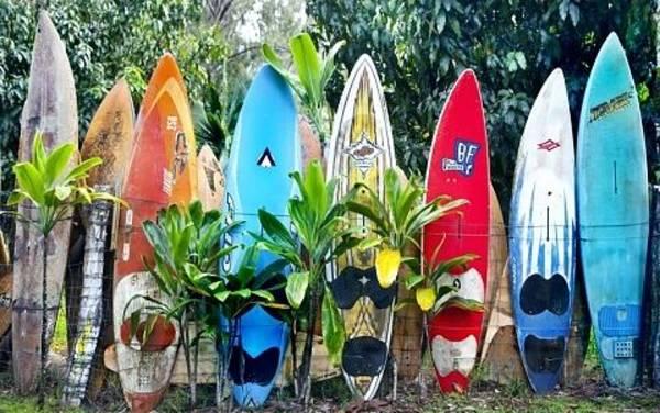 Surfboard Fence Photograph - Maui Surfboard Fence by Rosanne Nitti