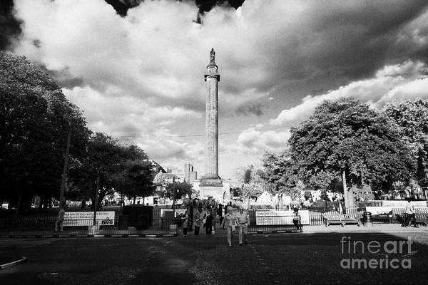 Melville Photograph - Melville Monument In St Andrew Square Edinburgh Scotland Uk United Kingdom by Joe Fox