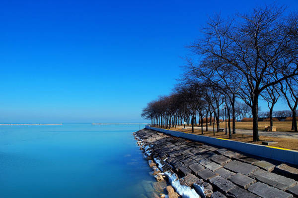 Wall Art - Photograph - Michigan Lakeshore In Chicago by Paul Ge