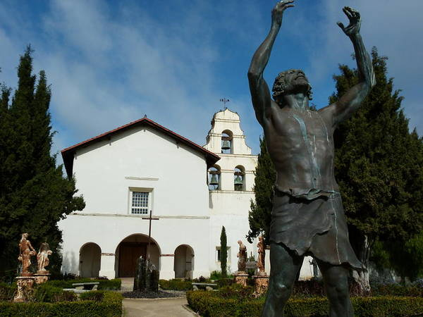 Photograph - Mission San Juan Bautista by Jeff Lowe