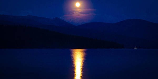Priest Lake Photograph - Moonrise Over Priest Lake by David Patterson