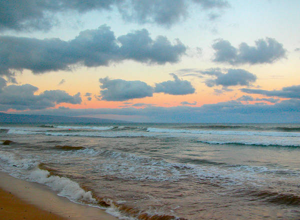 Photograph - Morning Light In Maui by Lynn Bauer