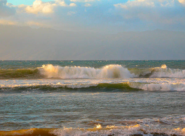 Photograph - Morning Waves by Lynn Bauer