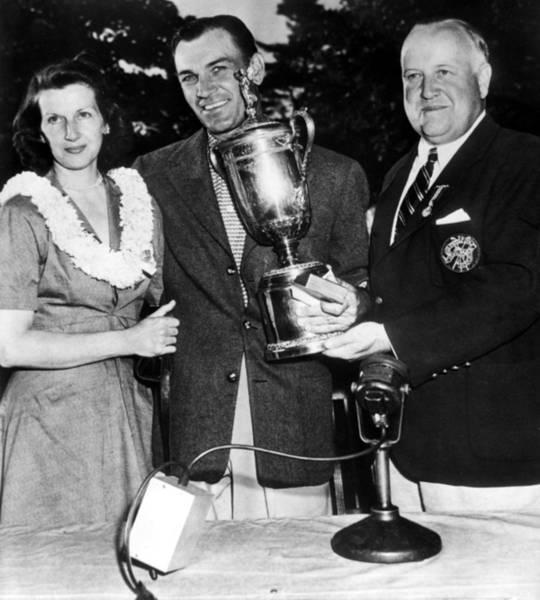 Hogan Photograph - Mrs. Ben Hogan, Ben Hogan, Pres by Everett