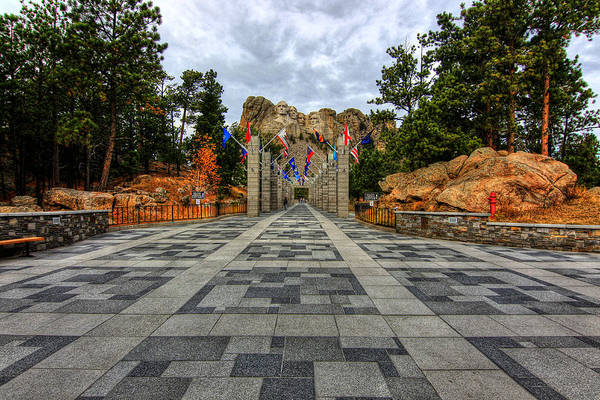 Photograph - Mt Rushmore Flags by Paul Svensen