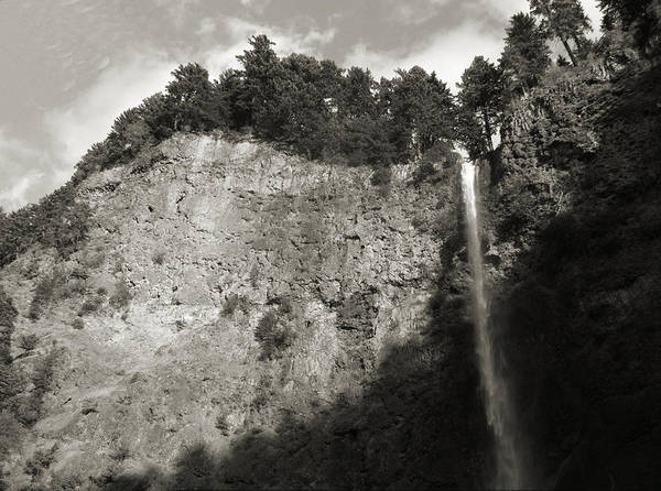 Multnomah Falls Cliff Face Art Print