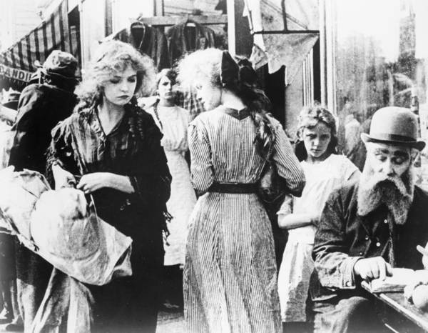 D W Griffith Photograph - Musketeers Of Pig Alley by Granger