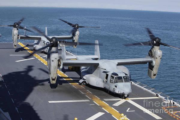 Mv-22 Photograph - Mv-22 Osprey Tiltrotor Aircraft by Stocktrek Images
