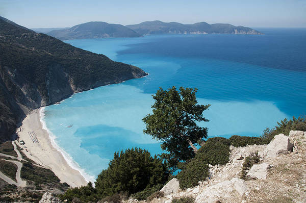 Photograph - Myrtos Beach Kefalonia by Rob Hemphill