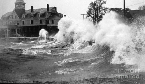 Photograph - New England Hurricane, 1938 by Science Source