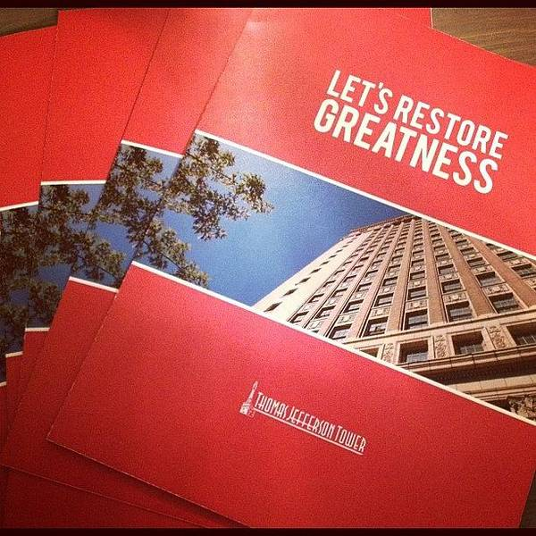 Politicians Wall Art - Photograph - New Flyers. #letsrestoregreatness by Thomas Jefferson Tower