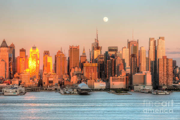 Photograph - New York City Moonrise IIi by Clarence Holmes