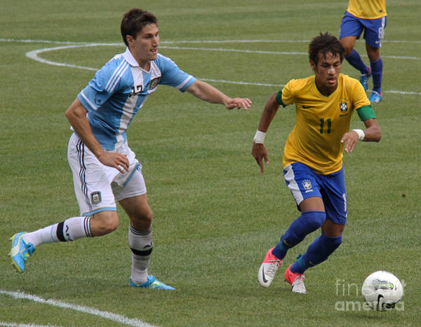 2010 Fifa World Cup Wall Art - Photograph - Neymar Doing His Thing II by Lee Dos Santos