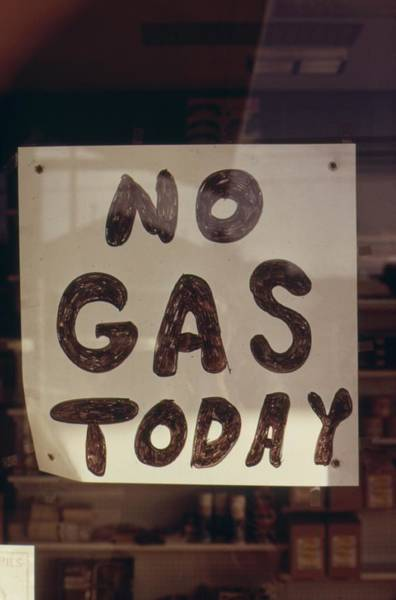 Energy Crisis Photograph - No Gas Today Sign At An Oregon Gas by Everett