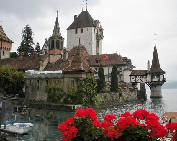 Chateau Photograph - Oberhofen Castle Switzerland by Marilyn Dunlap