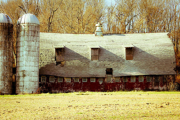 Photograph - Old Barn In New Jersey by Emanuel Tanjala