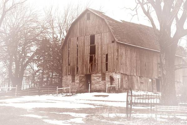 Photograph - Old Barn by Larry Ricker