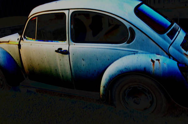 Wall Art - Photograph - Old Bug Diff by Affini Woodley