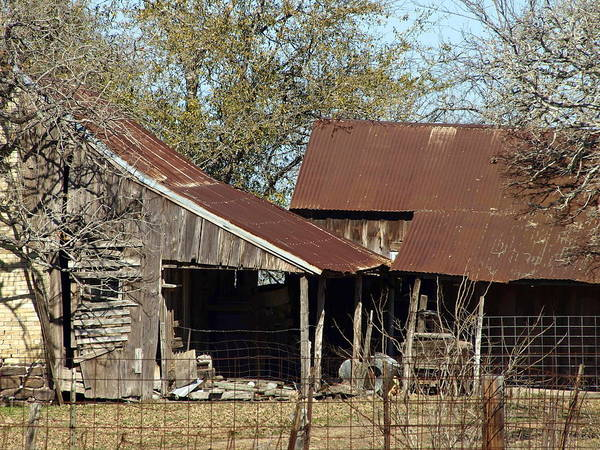 Photograph - Old Ranch House by James Granberry