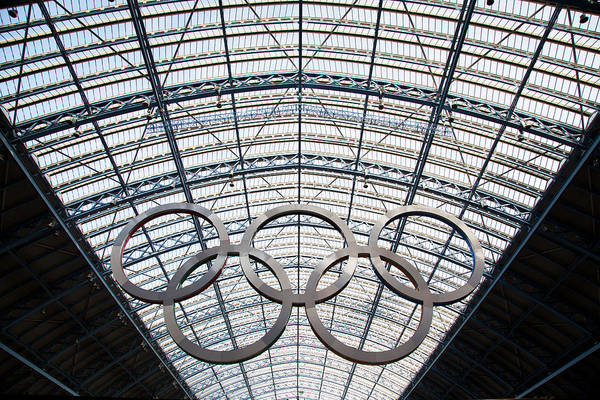 Olympic Rings At St. Pancras Art Print