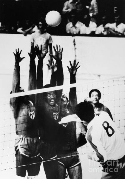 Photograph - Olympics: Volleyball, 1976 by Granger