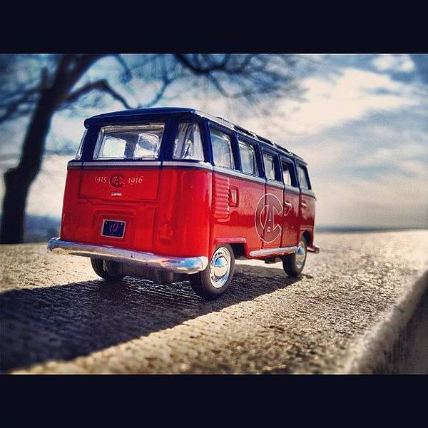On The Road... #vw #vwbus #bus #habs Art Print