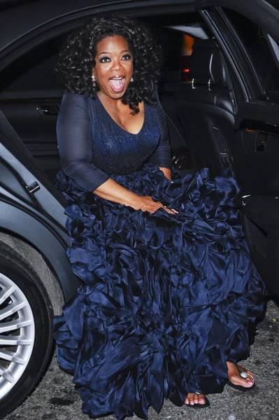 Oprah Wall Art - Photograph - Oprah Winfrey Wearing Navy Silk-organza by Everett