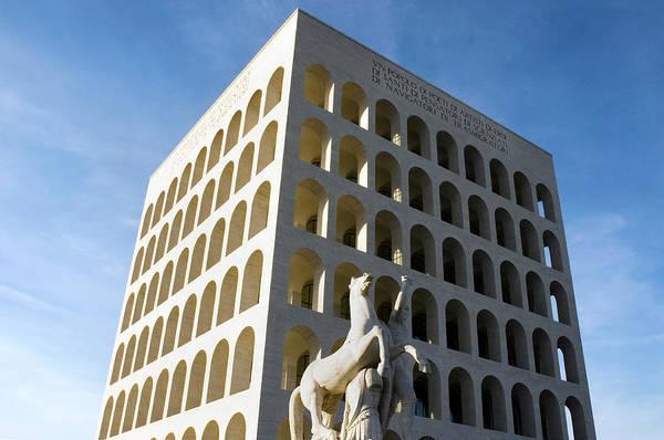 Tuff Wall Art - Photograph - Palazzo Della Civilta' Romana by Fabrizio Troiani